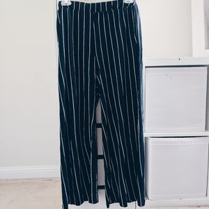 H&M   BLACK AND WHITE STRIPED DRESS PANTS